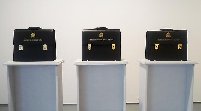 MUNTADAS  Carteras sin Ministro , 2012 Three gold-embossed leather briefcases, each 17 x 13 x 8 in., edition of 3 Published by Galería Moisés Pérez de Albéniz, Pamplona, Spain