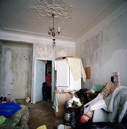 OLGA CHAGAOUTDINOVA | ROOM AFTER THE FIRE | C-PRINT | 61 x 61 CENTIMETERS | 2005