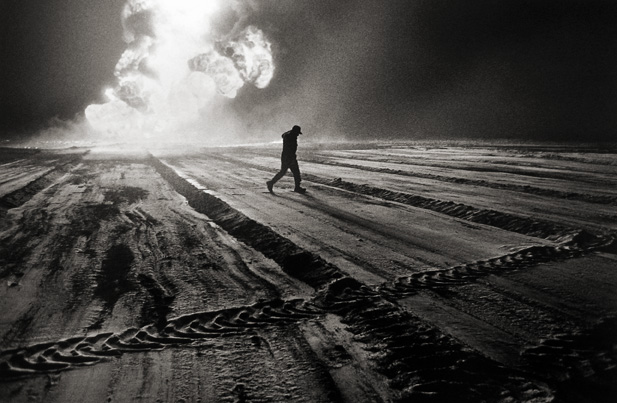 Without Daylight, Oil Wells, Kuwait 1991 gelatin silver print