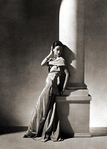 Evening Dress by Vionnet, Paris [Toto Koopman] 1934 platinum/palladium print