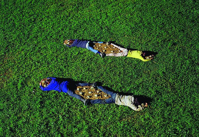 Massimo Bartolini Flower Beds (Pisa) 1995  120.5 x 200.5 cm  c-print, mounted on aluminum