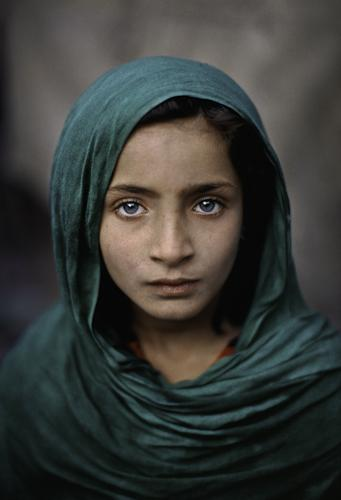 Girl with green shawl, Peshawar, Pakistan 2002 C-type print on Fuji Crystal Archive paper