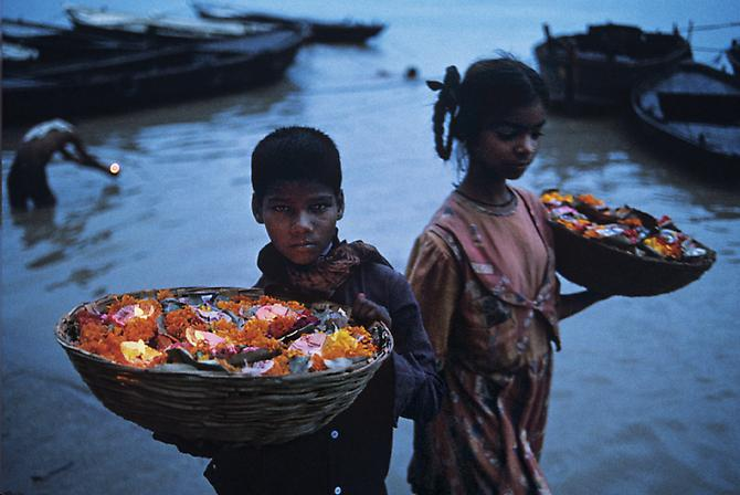 Floating Offerings, Varanasi, India 1996 C-type print on Fuji Crystal Archive paper
