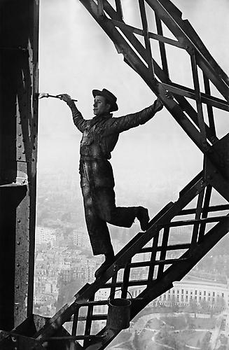 Painter of the Eiffel Tower, Paris 1953 Gelatin Silver Print