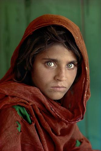 "Steve McCurry ""The Afghan Girl"" Sharbut Gula Pakistan 1984"