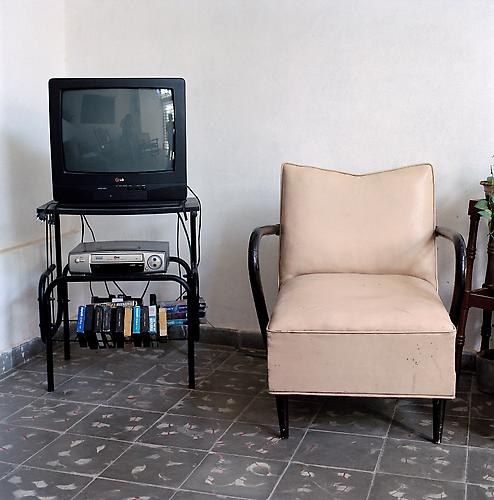OLGA CHAGAOUTDINOVA | TV AND CHAIR | C-PRINT | 61 x 61 CENTIMETERS | 2007