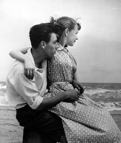 Lovers, Seashore, Butlins, Skegness 1952 gelatin silver print