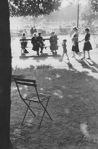 Paris [chair in park] 1951