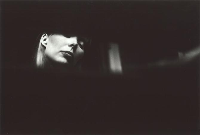Graham Nash, Joni Listening to Music,  1969