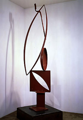 "David Smith, ""Voltri Bolton XIX,"" 1963 Painted steel, 94 1/4 x 20 x 24 inches"