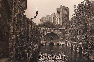 DIVING INTO UGRASEN BAOILI, DELHI