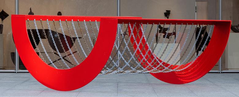 Homage to Coco (1970) Painted steel and chain 48h x 96w x 120d in (121.9h x 243.8w x 304.8d cm)