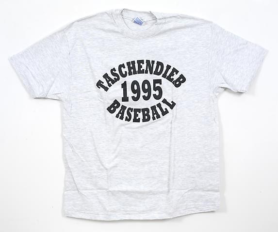 Taschendieb; Front view (1995) Printing on cotton t-shirt 32.25h x 37w in (81.92h x 93.98w cm)
