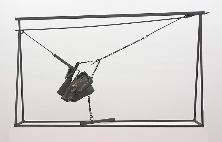 Chaino (1964) Welded steel and chains 62h x 102w x 26d in (157.5h x 259.1w x 66d cm)
