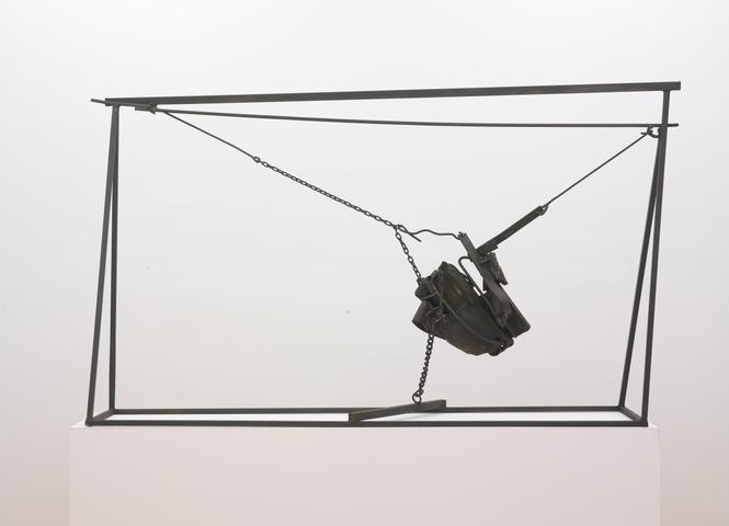 Chaino (1963) Welded steel and chains 62 x 102 x 26 in (157.48h x 259.08w x 66.04d cm)