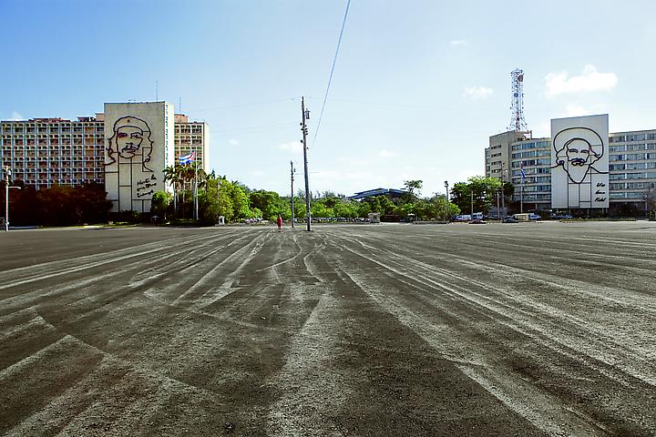 The Empty Plaza / La Plaza Vacia III (2012) Digital Chromogenic Print; 26.13h x 39.5w in (66.37h x 100.33w cm); Edition of 3 with 1 AP
