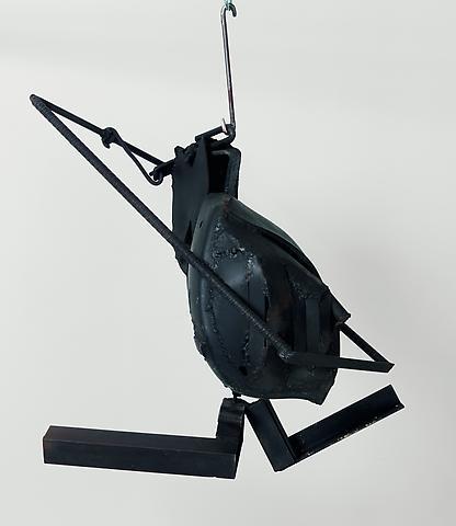 Cotton Hangup (1966) Welded steel 26h x 30w x 20d in (66.04h x 76.2w x 50.8d cm)