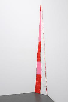 CORDY RYMAN Red Fade Corner 2010, acrylic and shellac on wood, 32 pieces, 108 x 9 x 7 inches
