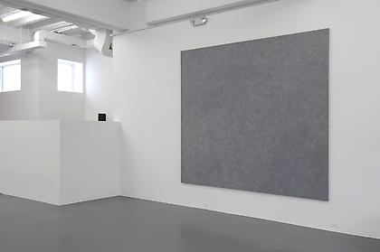 Conversations in Lyrical Abstraction Howard Mehring - Untitled (gray all-over) installation view