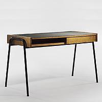 Mullca desk
