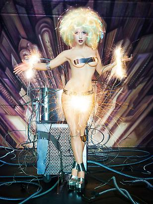 &lt;i&gt; Lady Gaga: Electric Chair &lt;i/&gt;