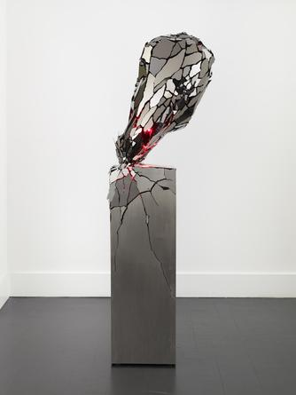 Broken Heart, 2014 Black mirror finished stainless steel, steel, LEDs 62 1/2 x 20 x 20 inches Edition of 5 SGI2771