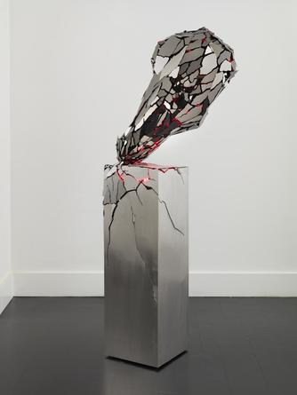 Broken Heart, 2014 Black mirror finished stainless steel, steel, LEDs 62 1/2 x 20 x 20 inches SGI2771