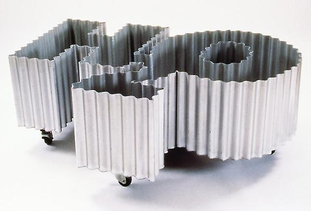 H2O-Drink, 1990 Corrugated, galvanized steel, wheels & water 32 x 100 x 60 inches GLG2428