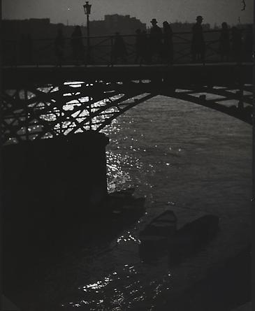 Brassaï, Le Pont des Arts, c. 1933-34