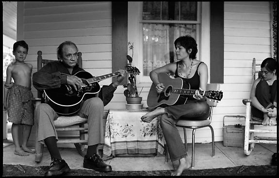 Johnny Cash and Roseanne Cash, Hiltons, Virginia, 2001