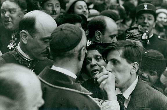 Cardinal Pacelli, Montmartre, Paris, 1938