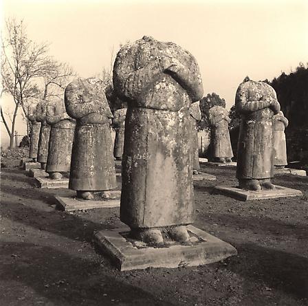 Statues, Qiangling Tomb, 2001
