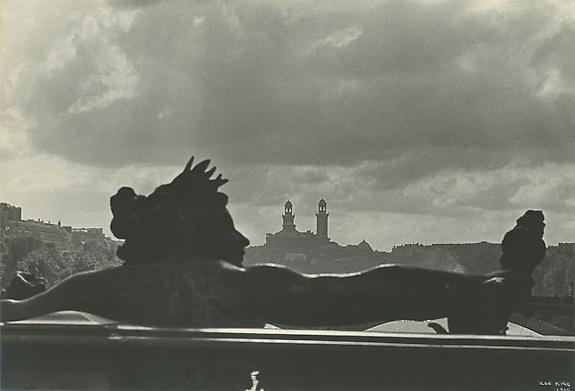 Ilse Bing, Pont Alexandre III, et Trocadero, 1935