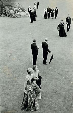 Intermission Time at Glyndebourne, 1955