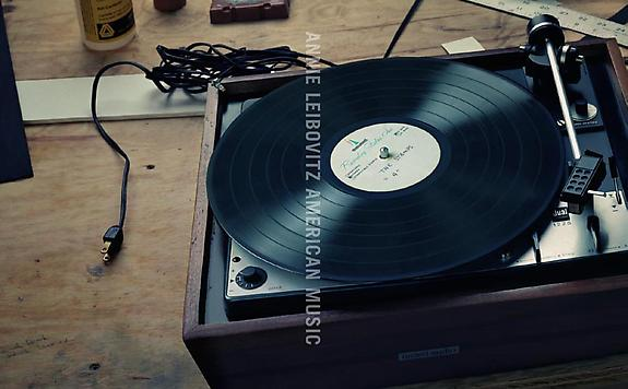 Elvis Presley's Turntable, Memphis, Tennessee, 2001