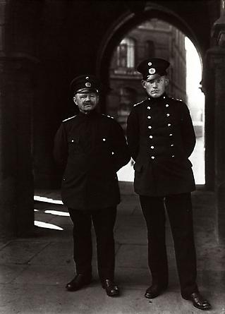 August Sander Customs Officers, 1929 © SK-Stiftung Kultur – August Sander Archiv VG-Bild Kunst, Bonn