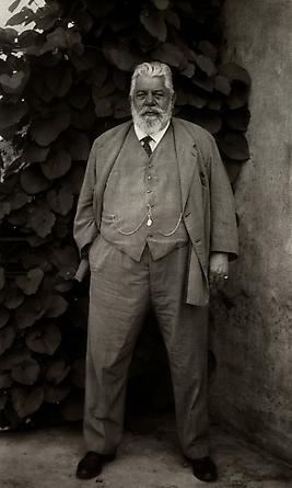 August Sander Pharmacist, c. 1930 © Die Photographische Sammlung/SK Stiftung Kultur, August Sander Archiv, Köln; ARS, NY