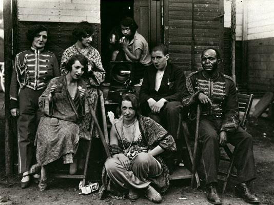 August Sander Circus Artists, 1926-32 © SK-Stiftung Kultur – August Sander Archiv VG-Bild Kunst, Bonn