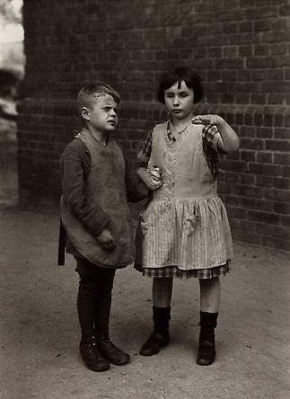 August Sander  Children Born Blind, c. 1930 © SK-Stiftung Kultur – August Sander Archiv VG-Bild Kunst, Bonn