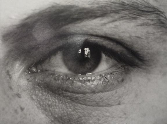 August Sander  Untitled (eye), 1920's © SK-Stiftung Kultur – August Sander Archiv VG-Bild Kunst, Bonn