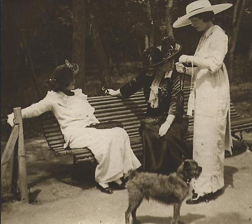 Avenue du Bois, 1912 [#13]