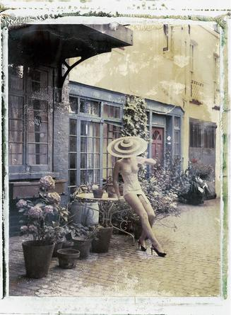 4pm in London, Philip Treacy (hat), Cadolle (lingerie), 2009