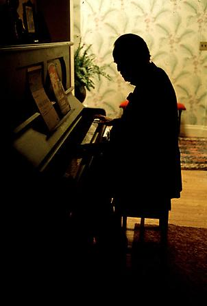 Brando at the Piano, 1971