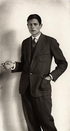 August Sander High School Student, 1926 © SK-Stiftung Kultur – August Sander Archiv VG-Bild Kunst, Bonn