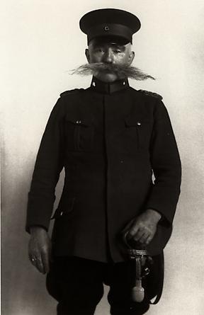 August Sander Police Officer, 1925 © SK-Stiftung Kultur - August Sander Archiv VG-Bild Kunst, Bonn