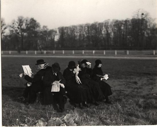 Apres Midi au Bois de Boulogne, Paris, 1931