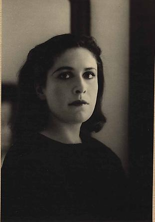 Rogi Andre, Portrait of Dora Maar, 1930's