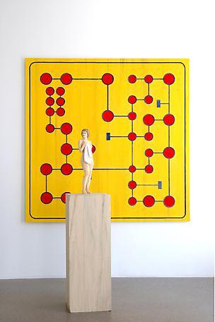 Kvinna och relief (Gult spel) 2007 wawa wood 172 cm / 200 x 200 cm