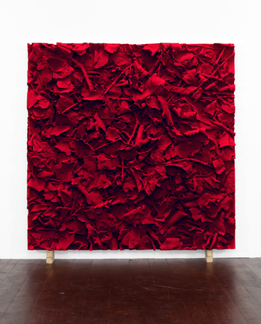 Carmin Ground, 2015/2016 pigmented polyvinyl, polyurethane 150 x 150 cm