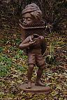 Nattfiskare (stående pojke) 2007 bronze 124 cm